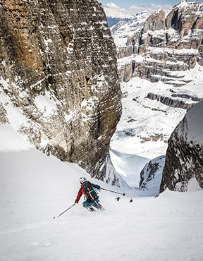 Brenta mountains : a little ski trip to Cima Tosa - Canalone Neri