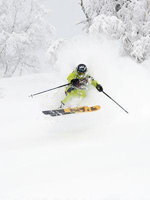 Mamay: glacial ski touring heavens at the begining of winter